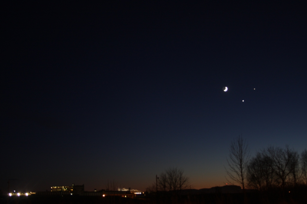 Moon-Jupiter-Venus - December 1, 2008