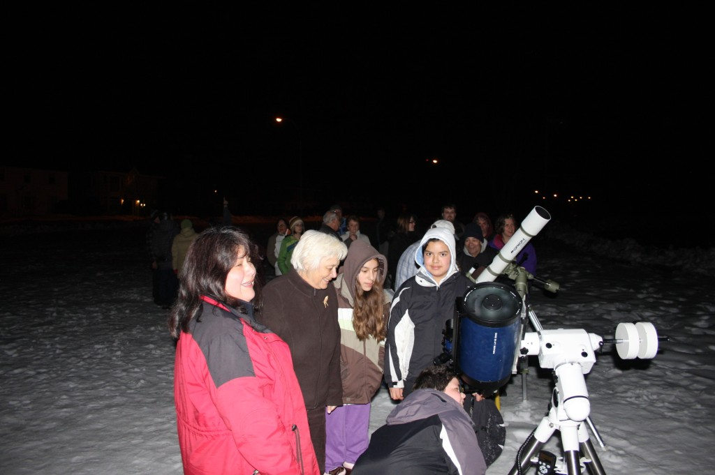 Public Saturn Observing - April 2009